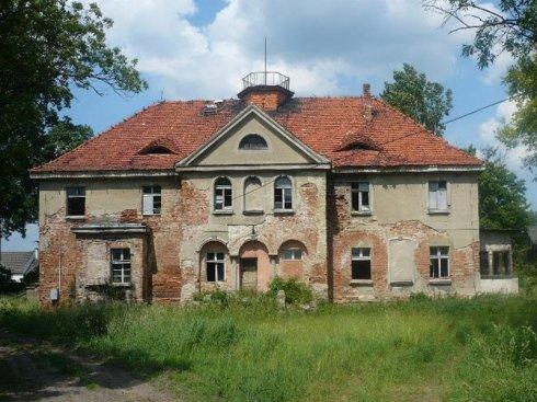Projekt zabezpieczenia i przebudowy budynku dawnego pałacu w Golędzinowie